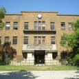 32 旧広島文理科大学正面