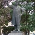 上野公園の野口英世像