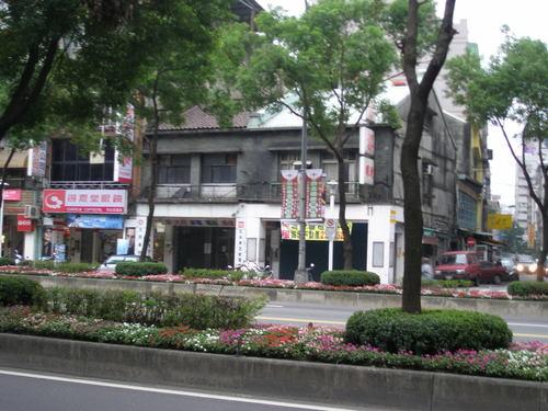 写真6 台北市内の古い家屋2
